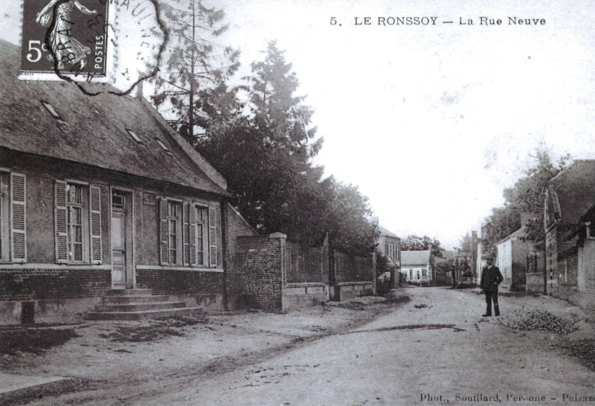Rue Neuve homme seul